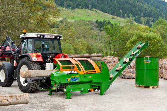 Brennholz und Kaminholzautomat von Posch